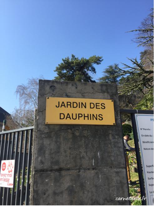1-entree-jardin-des-dauphins