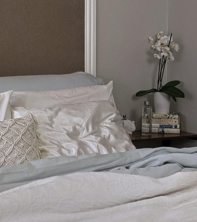 Pourquoi j'aime la taie d'oreiller en soie? mon avis