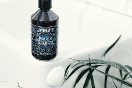 Faut-il choisir un shampooing au pH neutre pour entretenir nos cheveux?