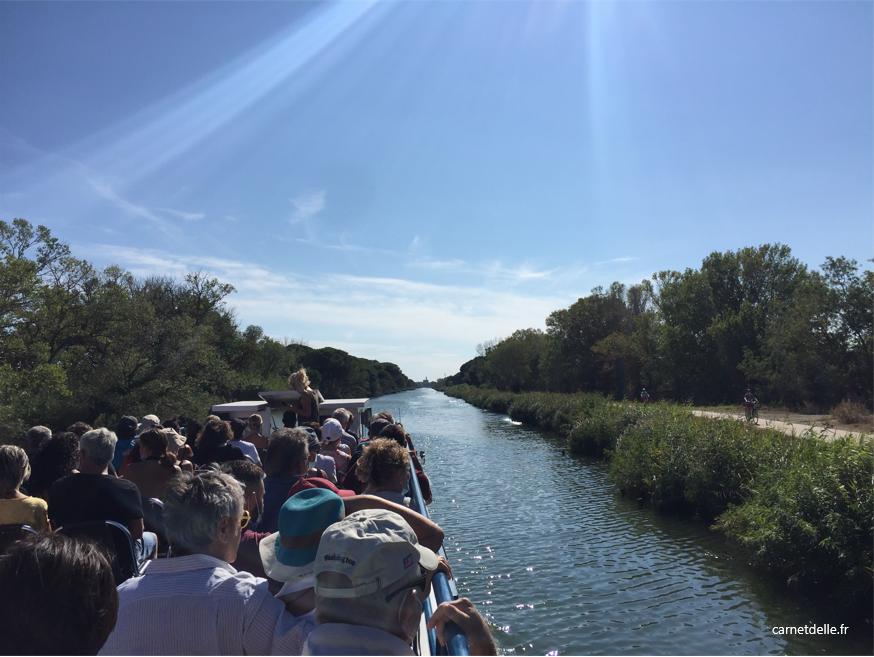 Croisière bateau Iris sur canal du Rhône de sète